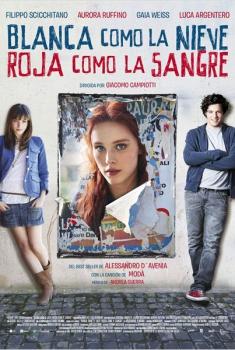 Blanca como la nieve, roja como la sangre (2013)